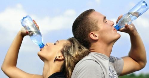 روزانه 9 لیوان آب بنوشید